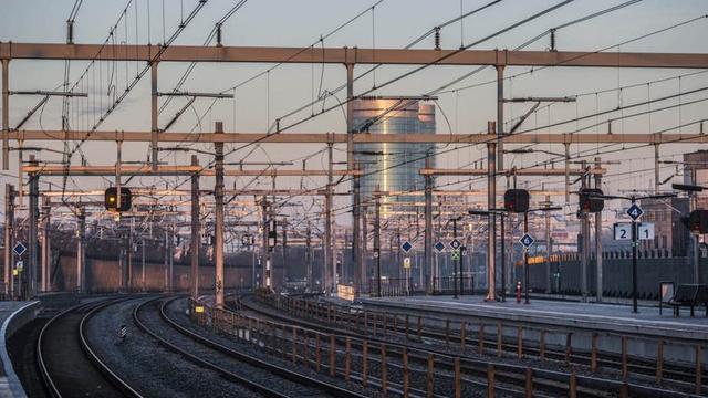 Treinverkeer tussen Centraal en Vaartsche Rijn hervat