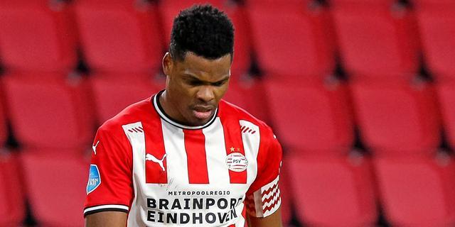 Dumfries baalt van 'slap' spel tegen AZ: 'Dit was PSV-onwaardig'