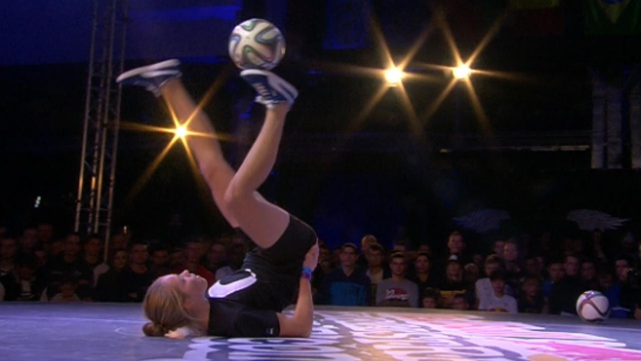 Nederlands meisje derde op officieus WK freestyle voetbal
