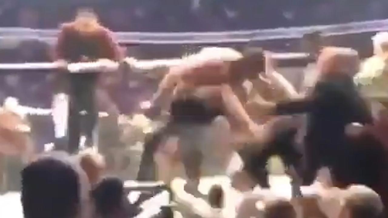 Groot gevecht buiten de ring na UFC-gevecht met McGregor