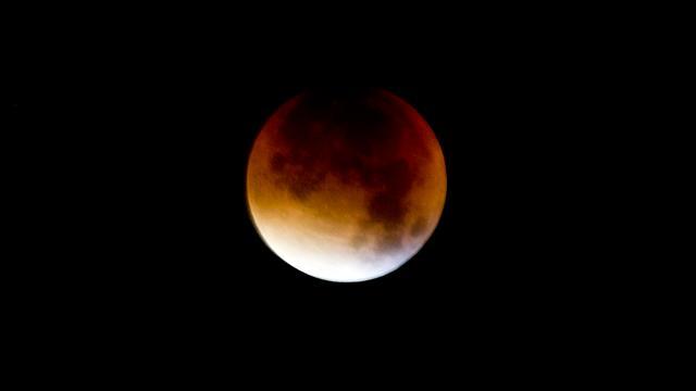 Vrijdag bloedrode maan vanwege totale maansverduistering