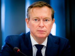 Minister Bruins wil einde aan zogenaamde kortingen op pakketten