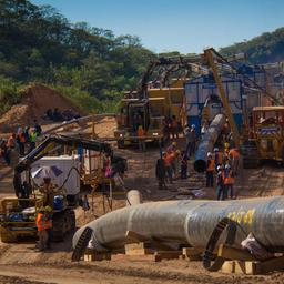Total en Chinese partner sluiten miljardendeal voor Afrikaanse oliepijpleiding