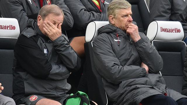 Wenger wil na tiende nederlaag niets weten van snel vertrek bij Arsenal