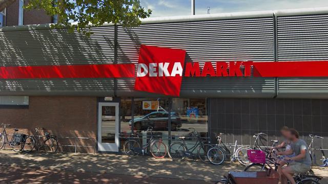 Bedreigde man bij DekaMarkt aan Rijksstraatweg zelf ook aangehouden
