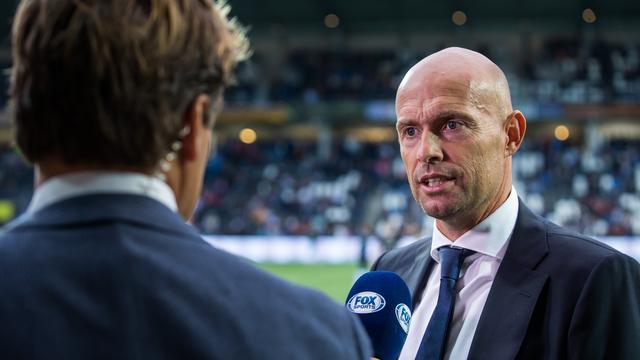 Ajax-coach Keizer weet dat zijn ploeg snel moet verbeteren