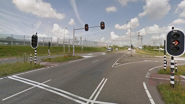 Verlengde Stellingweg zondag afgesloten voor onderzoek dodelijk ongeval