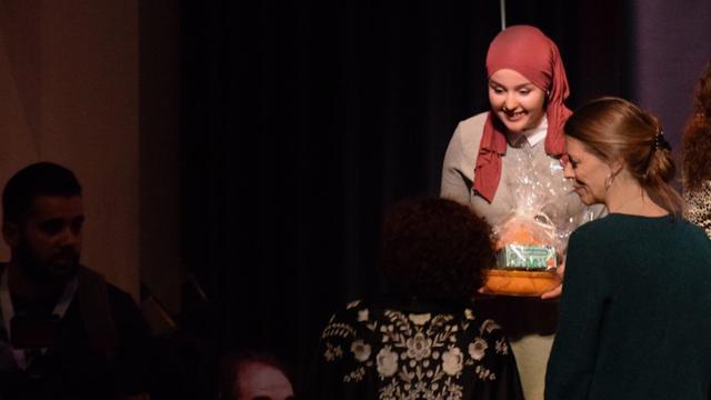 Amal Souiki uit Breda (18) wint El Hizjra literatuurprijs