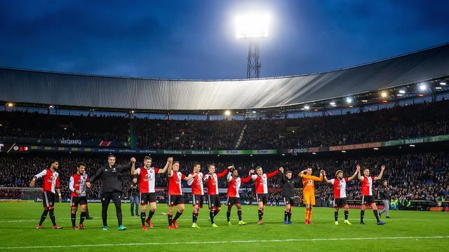 Feyenoorders geloven na zege op PSV weer voorzichtig in titelkansen