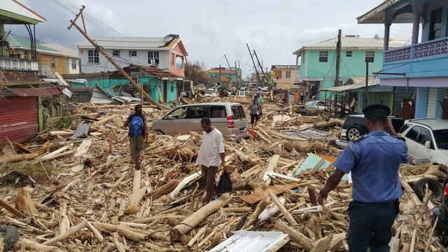 Zeker vijftien doden door orkaan Maria op Caribisch eiland Dominica