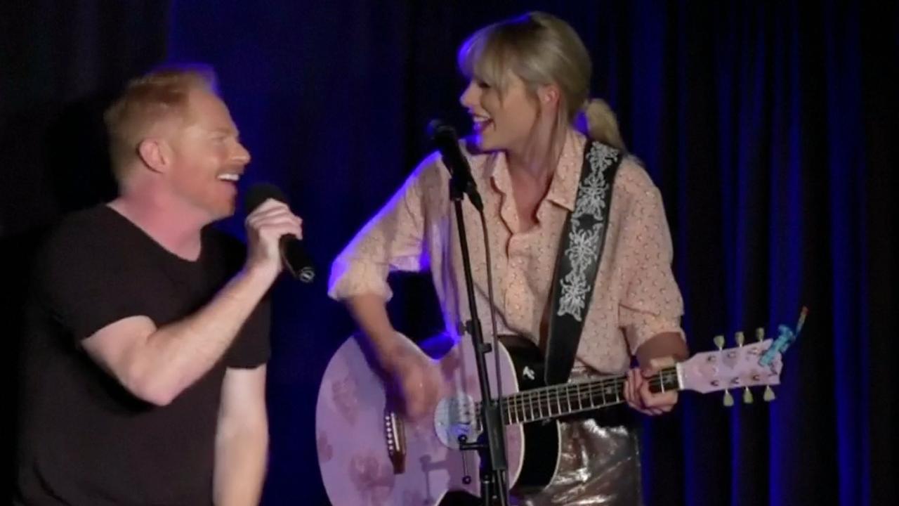 Taylor Swift treedt in New York op met Modern Family-acteur