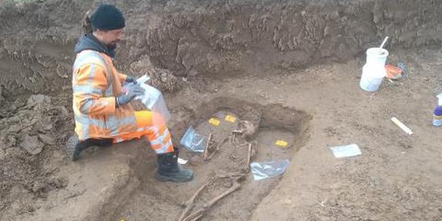 Tweeduizend jaar oud skelet ontdekt bij dijk in Gelderland