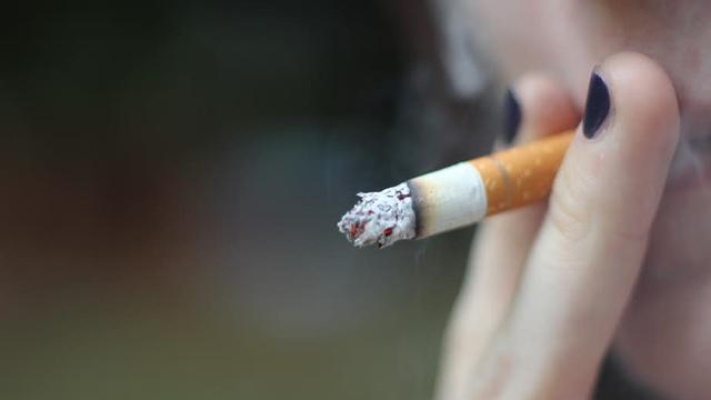 'Het beste kun je cold turkey stoppen met roken'