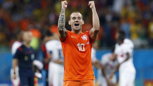 'Gestopte Sneijder hoort bij beste Nederlandse voetballers aller tijden'