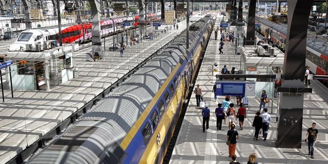 Storing in spoortunnel verstoort treinverkeer tussen Rotterdam en Breda