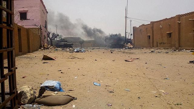 Vier doden door autobom in Mali