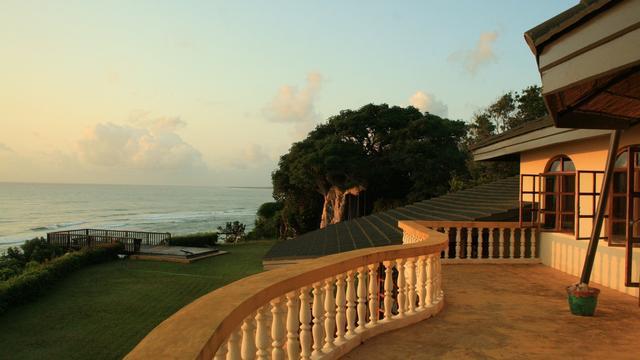 Prachtig uitzicht vanuit een villa in Tanzania die Bob Smits bezocht tijdens een huizenruil.