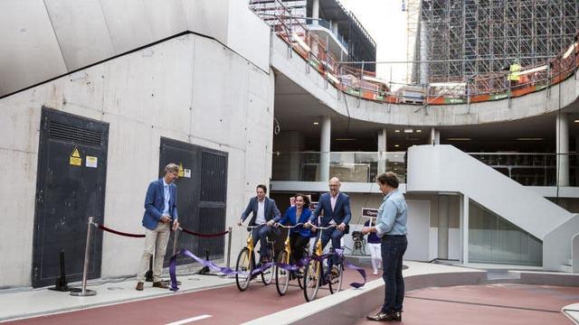 Stationspleinstalling Utrecht officieel geopend