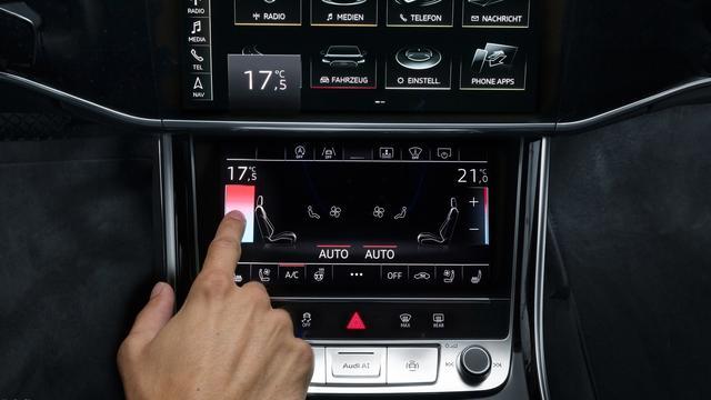 Aanraakschermen in auto's goed, maar nog niet perfect