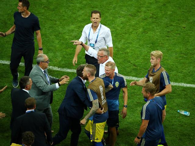 Zweden beschuldigen Duitsers van gebrek aan respect bij vieren late goal