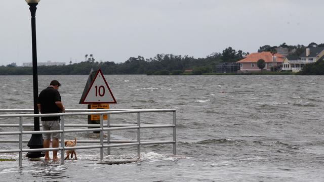 Afzwakkende tropische storm Alberto aan land in Florida