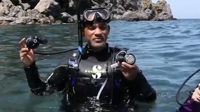 Will Smith duikt samen met zijn drie kinderen in Italië