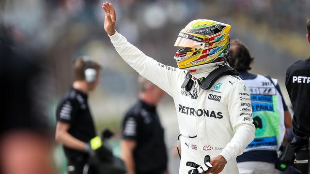 Hamilton voelt zich nog jong en kijkt uit naar 'vele races die nog komen'