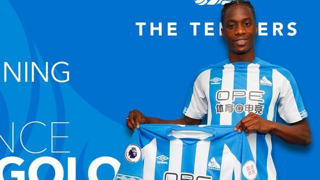 Huddersfield Town neemt Kongolo voor recordbedrag over van Monaco