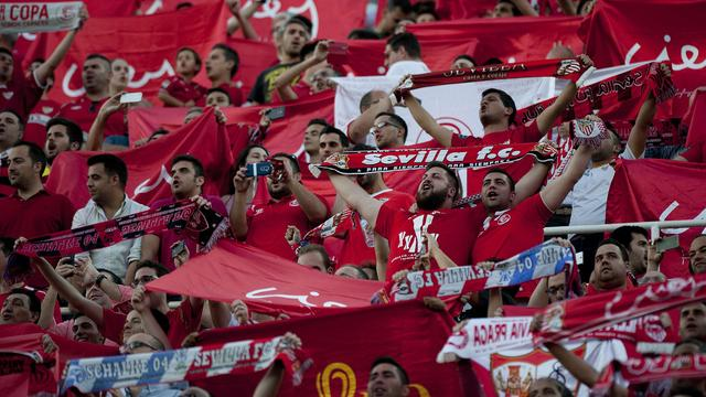 Sevilla krijgt slechts boete voor beledigende spreekkoren