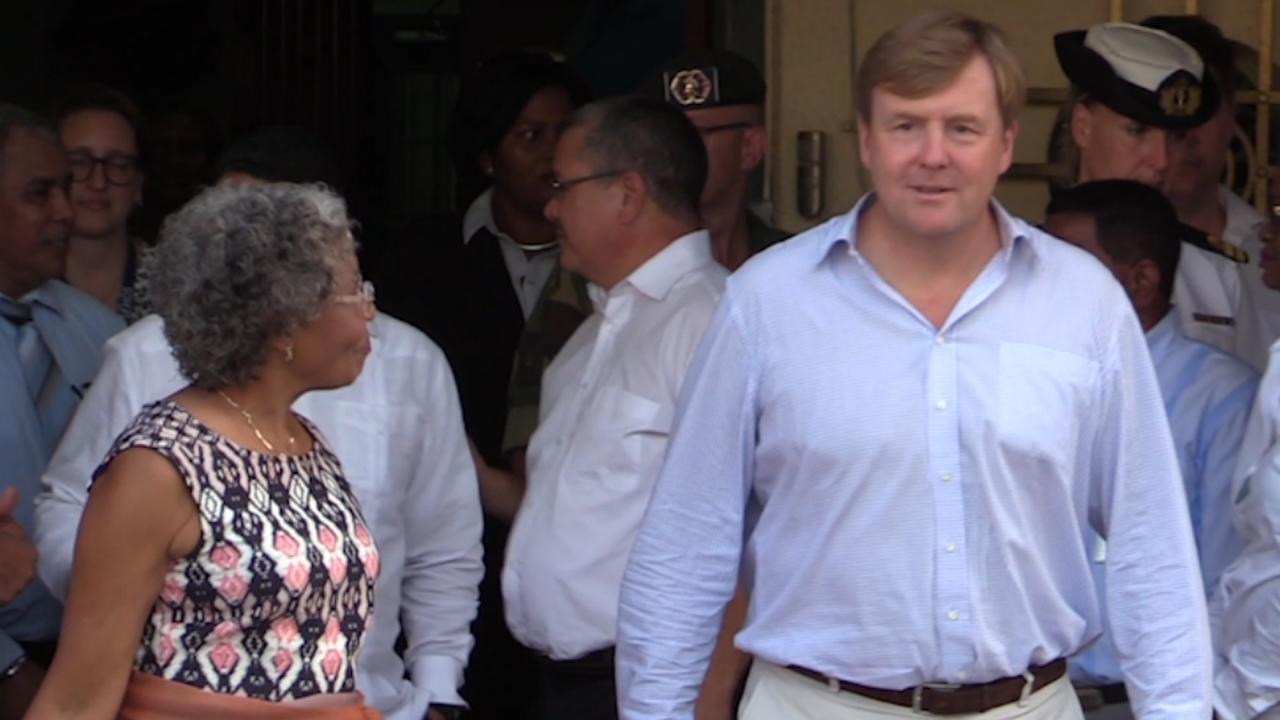 Koning Willem-Alexander bezoekt Nederlandse Antillen na Irma