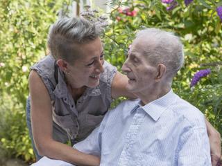 Mantelzorger Trudy van der Mye werkt al zeventien jaar met mensen met alzheimer en andere vormen van dementie.