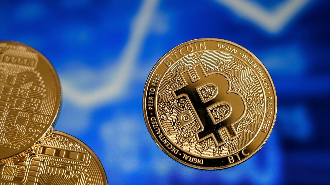 Marktwaarde bitcoin door grens van 1 biljoen dollar na aanhoudende stijging - NU.nl