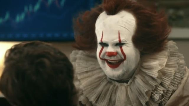 'Kantoor' schakelt IT-afdeling in maar krijgt James Corden als clown It