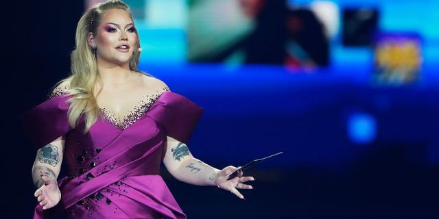 Nikkie de Jager scheurde bijna jurk kapot tijdens Songfestival