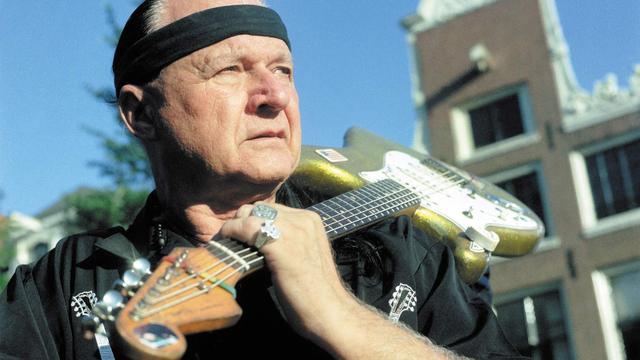 'The King of Surf Guitar' Dick Dale op 81-jarige leeftijd overleden