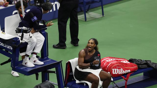 Williams beschuldigt umpire van seksisme na incidentrijke finale US Open