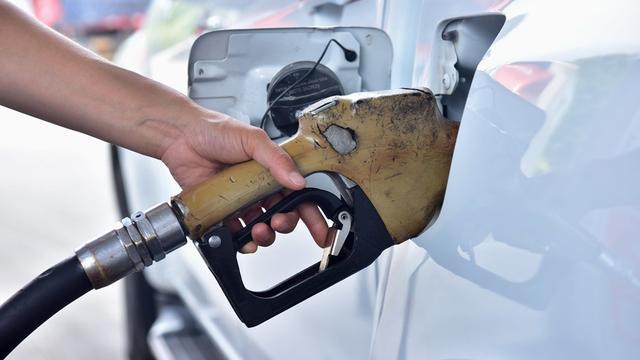 Benzine een cent duurder na aanval op Saoedische olievelden
