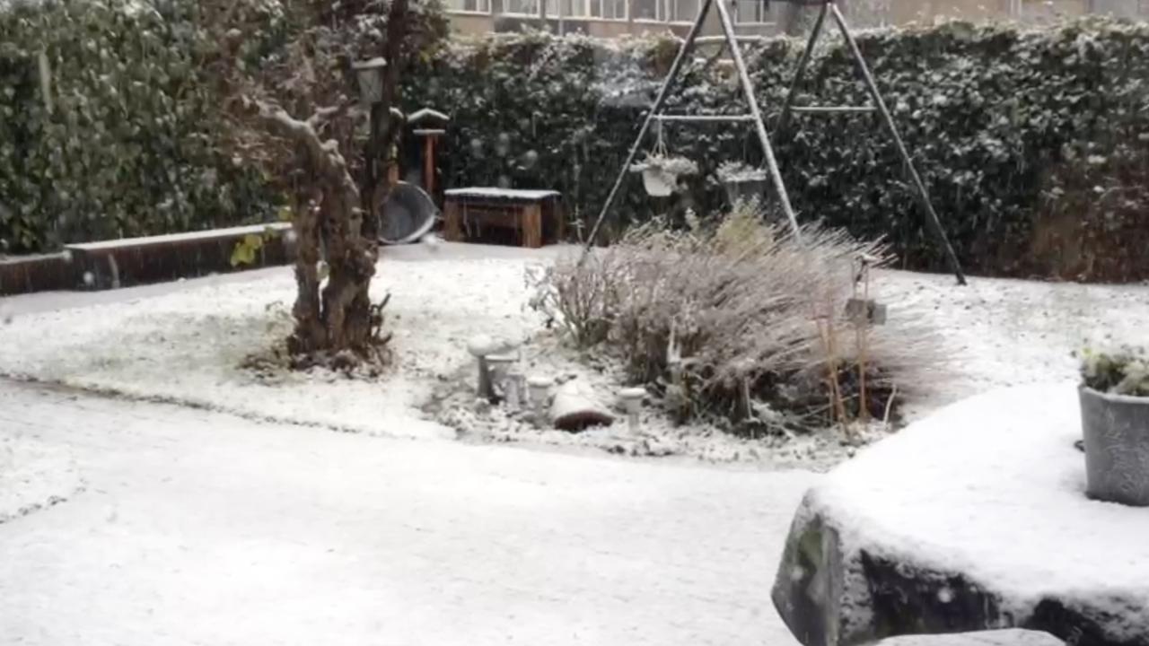 Nederland kleurt wit door sneeuw