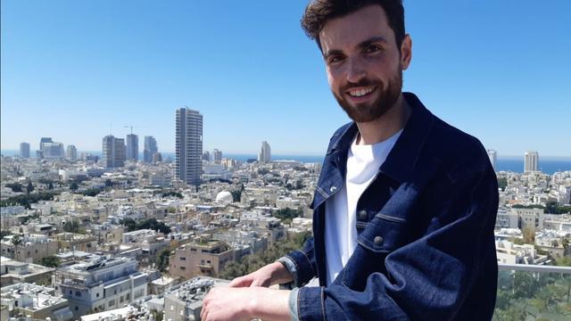 Duncan Laurence in Tel Aviv voor opnames Eurovisie 'postcard'
