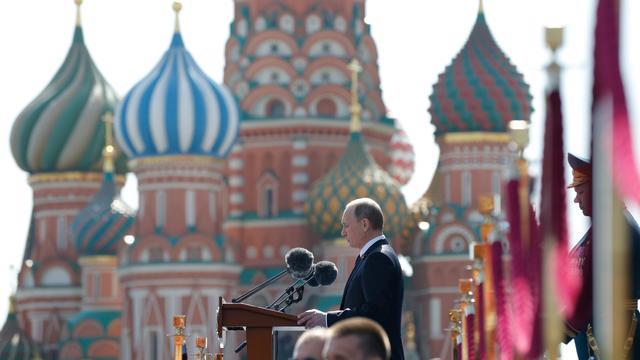 'Regime Poetin kan uitlopen op chaos'