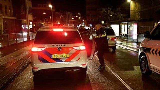Winkel aan Kinkerstraat overvallen door twee mannen