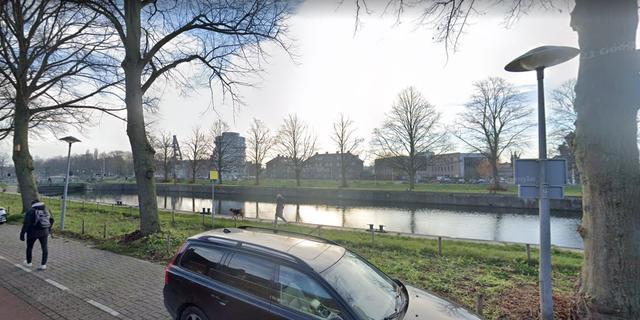Utrecht plaatst hekken om 's nachts zwemmen bij Muntsluis tegen te gaan