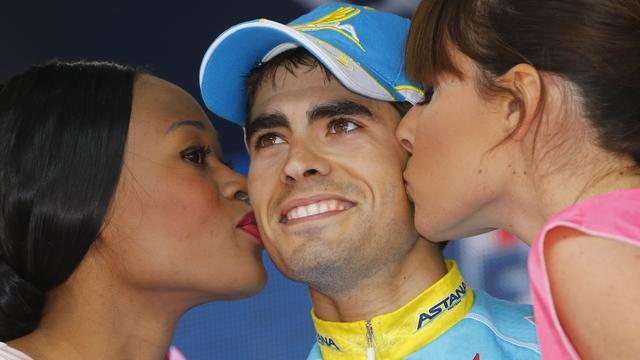 Landa wint zware bergrit in Giro, Kruijswijk knap vijfde