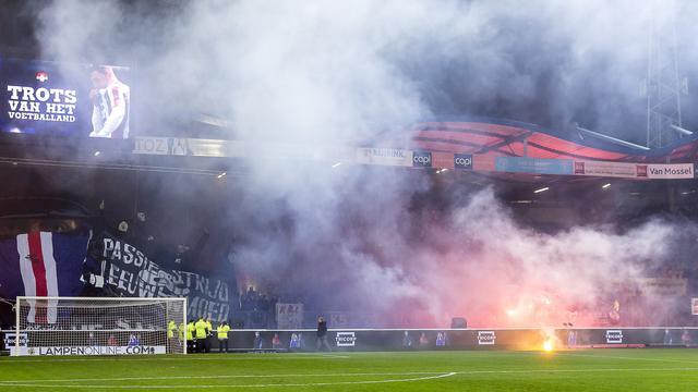 Willem II krijgt schikkingsvoorstel na rellen bij duel met NAC