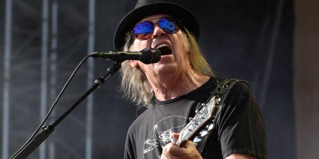 Muziekfonds betaalt ruim 120 miljoen euro voor rechten muziek Neil Young