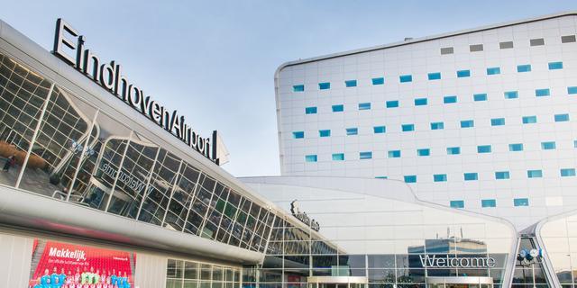Looproute naar vliegtuigen Eindhoven Airport pas eind 2021 overkapt