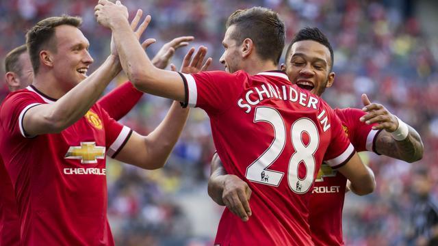 Depay debuteert met zege bij Manchester United in oefenduel