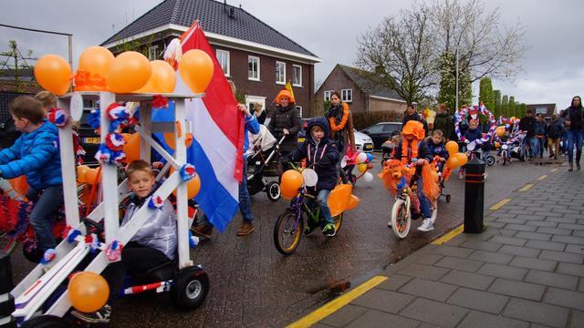 Enthousiast Oranjecomité zorgt voor behoud traditie in Schijf
