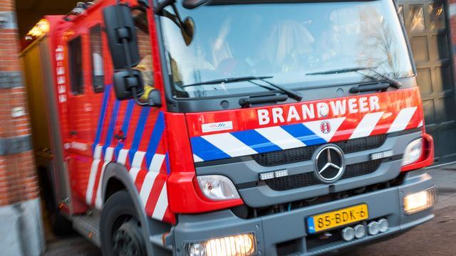 Grote brand op Johan Huizingalaan in Slotervaart is onder controle