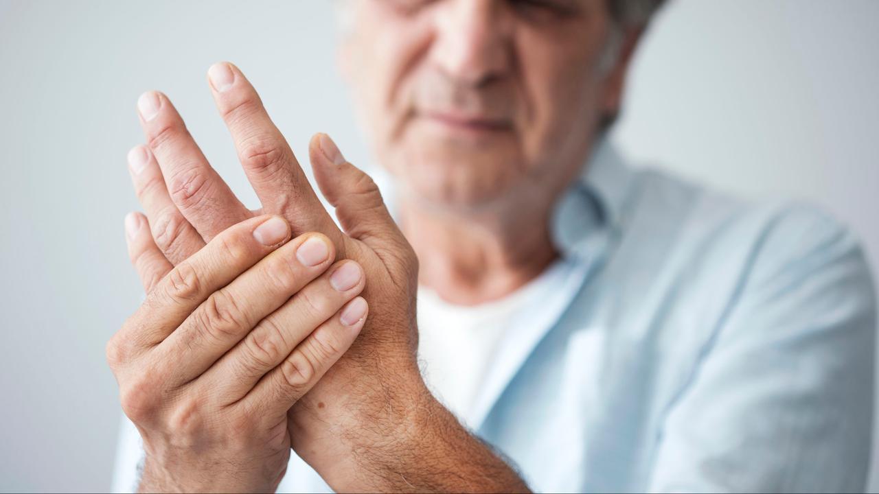 latin glükózamin kondroitin az egész test ízületeiben fellépő fájdalom okai